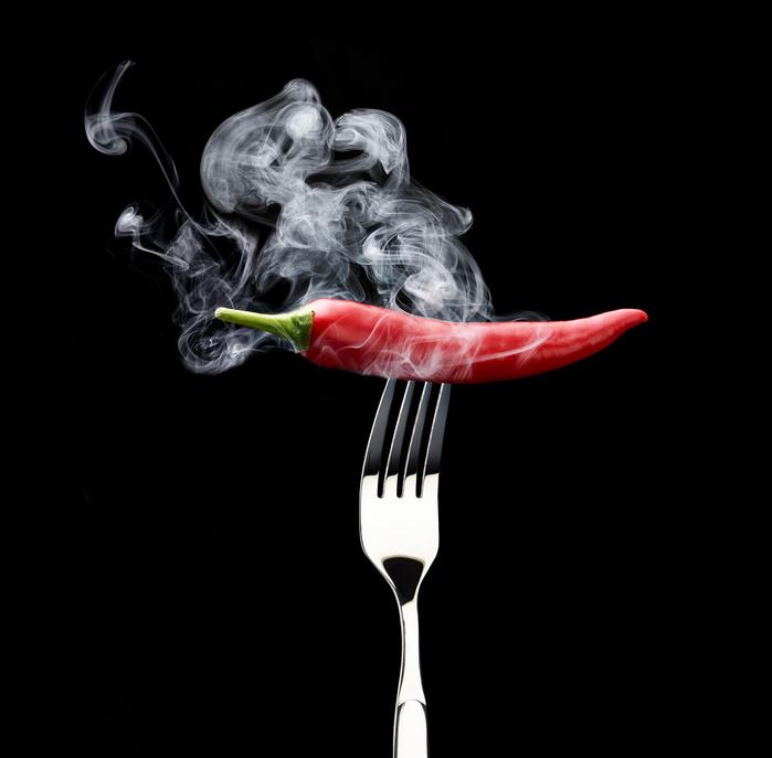 Spannung halten in einer Reihe - rauchende Chili